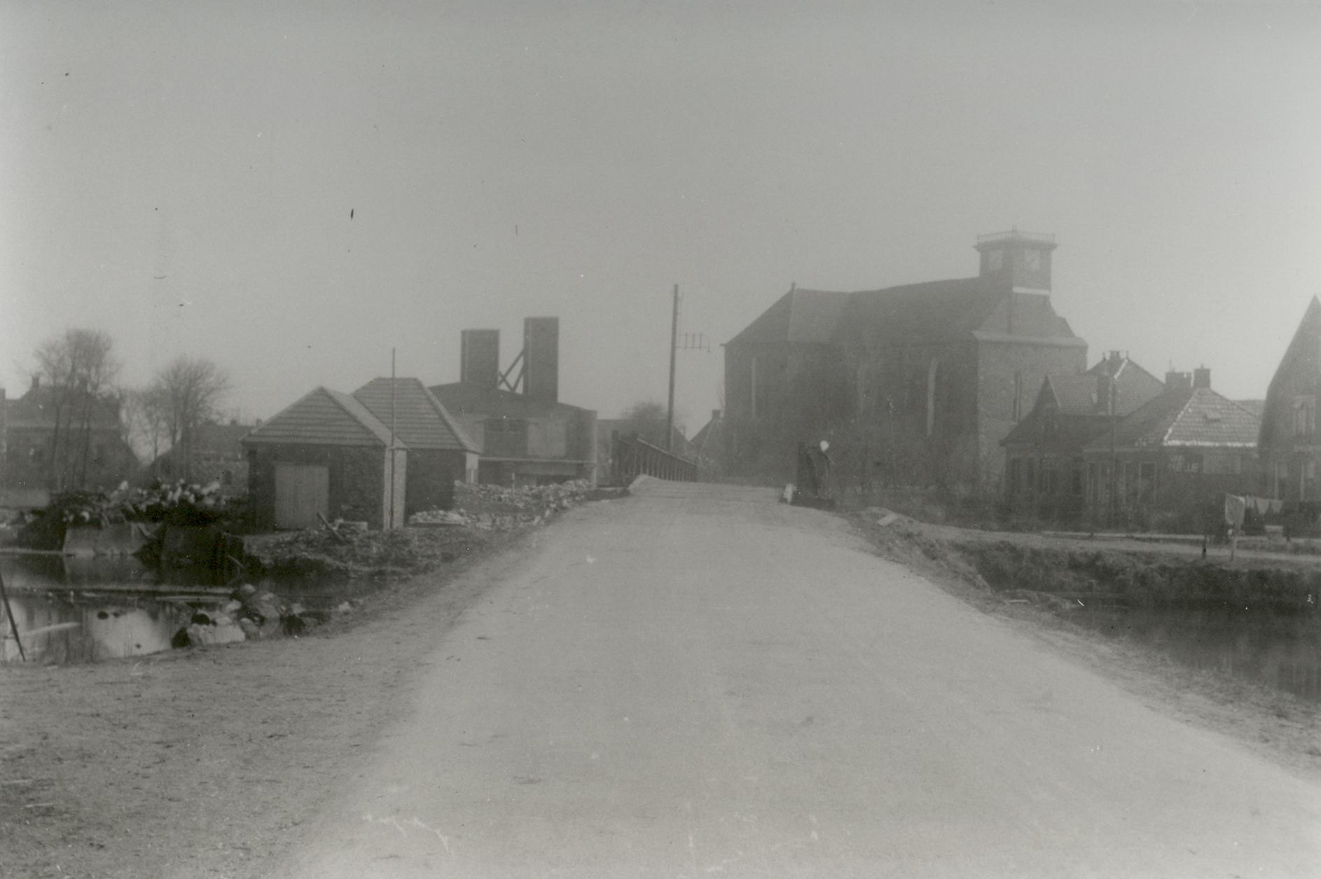 Baileybrug in Holwierde 1 - 1945