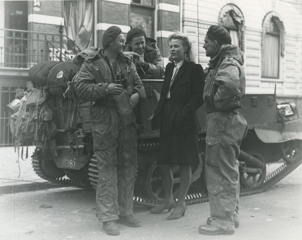 Bevrijdingsfoto aan de Heresingel 1945